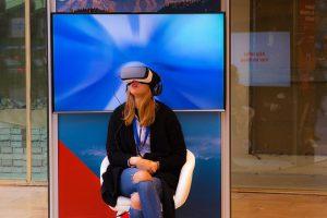 VR teknologi 300x200 - Udviklingen af VR indtil videre og hvad det kan føre til
